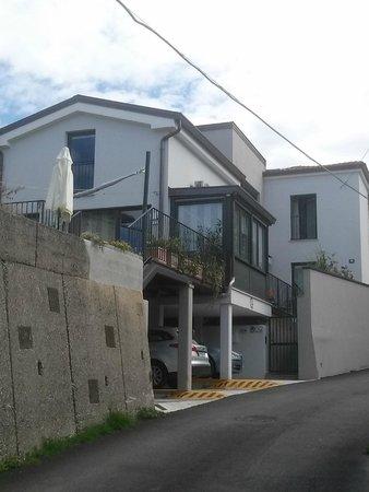 Sotto il Faro B&B: house
