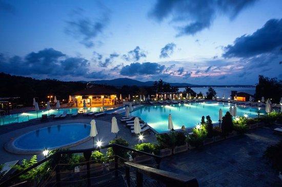 Santa Marina Holiday Village: Swimming pool area