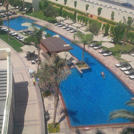 Le Meridien Cairo Airport: Attractive pool area