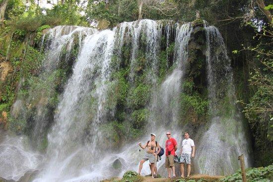 El Nicho Waterfalls: Эль Ничо Водопады