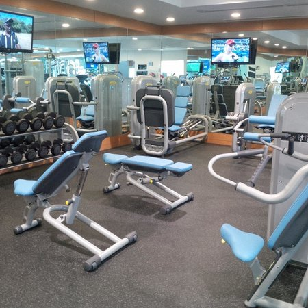 Le Meridien Cairo Airport: Excellent well-equipped gym