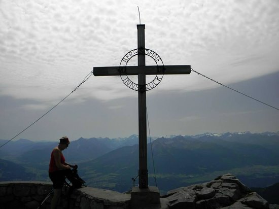 Innsbrucker Nordkettenbahnen: Bergsohne