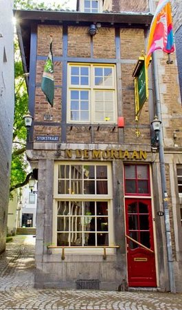 Petit Cafe Moriaan