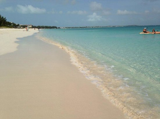 The Sands at Grace Bay : spiaggia