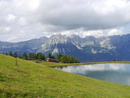 Ellmau Ski Resort and Village: The funicular railway - the quick way to the top!