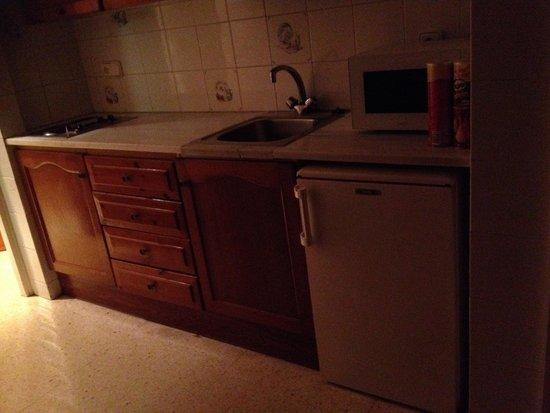 Aparthotel Guitart Central Park: Kitchen - in apartment