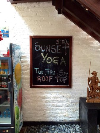 Echoland: Sunset Yoga at the rooftop