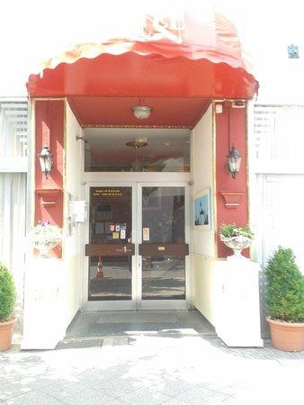 Hotel Tagungshaus Tiergarten : ingresso hotel