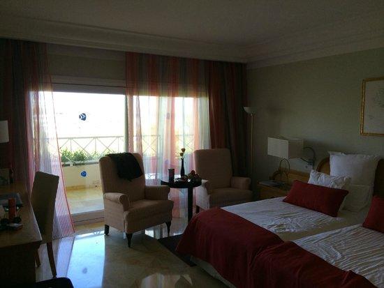 Grupotel Parc Natural & Spa: Zimmer mit seitlichen Meerblick