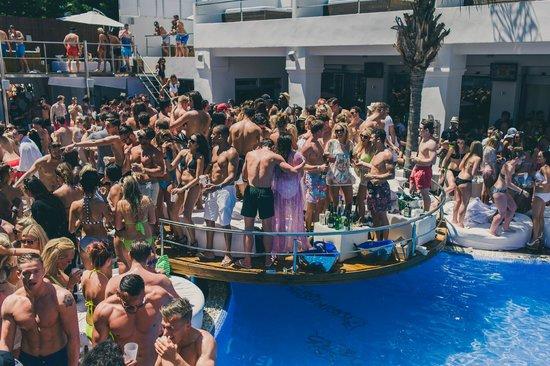Sisu Boutique Hotel & Spa: Friday party