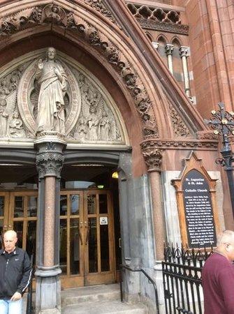 John's Lane Church: Front Entrance