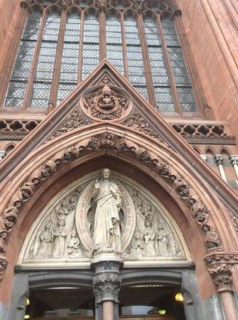 John's Lane Church: Close up of entrance