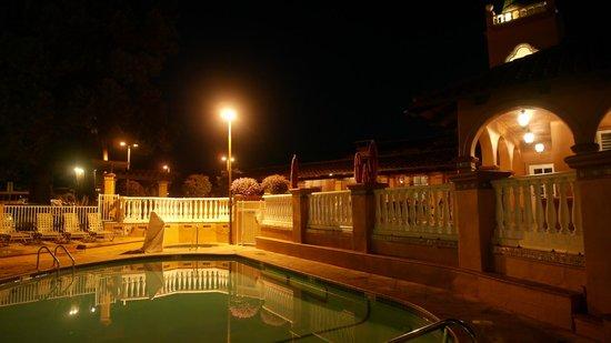 BEST WESTERN PLUS El Rancho Inn : Terrasse