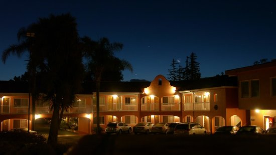BEST WESTERN PLUS El Rancho Inn : Extérieur
