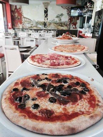 La Cantinetta: Pizzas