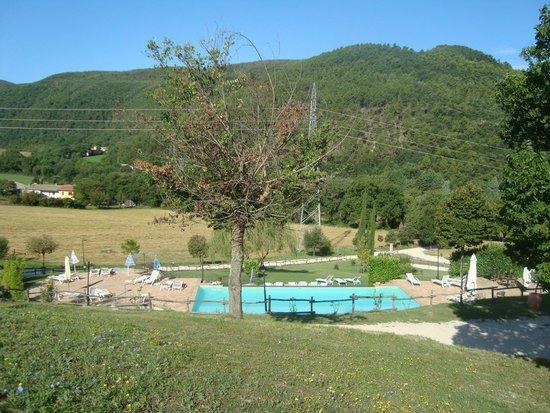 Valle Rosa: piscina