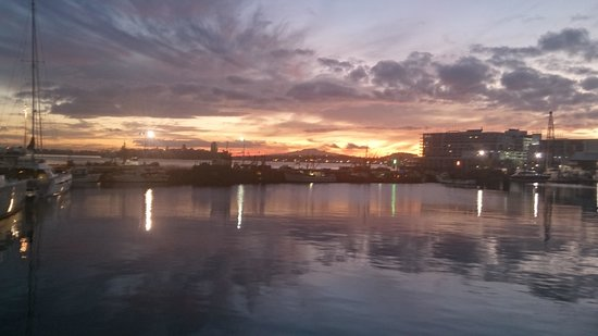 sun rise aucklands viaduct harbour