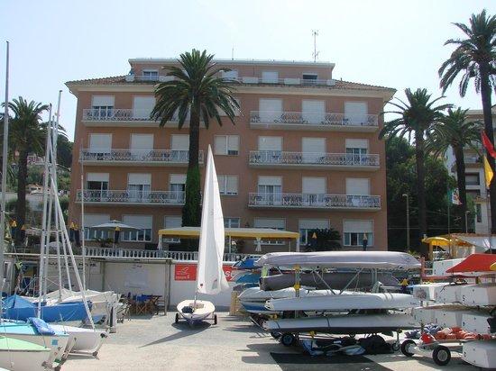 Golfo e Palme: отель вид с моря
