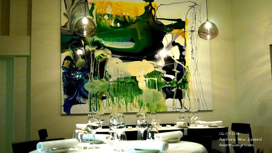 The French Cafe : Contemporary Design in interior
