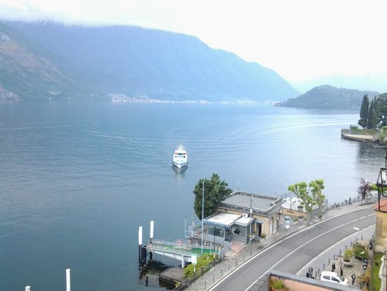 Hotel Bazzoni et du Lac: view from room towards como end