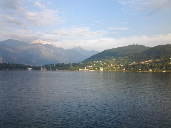 Hotel Bazzoni et du Lac: view from room towards Bellagio