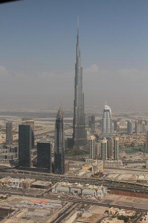 HeliDubai: Burj Khalifa Tower