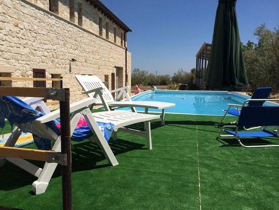 Relax In Due.Piscina Relax Picture Of Le Due Palme Modica Tripadvisor
