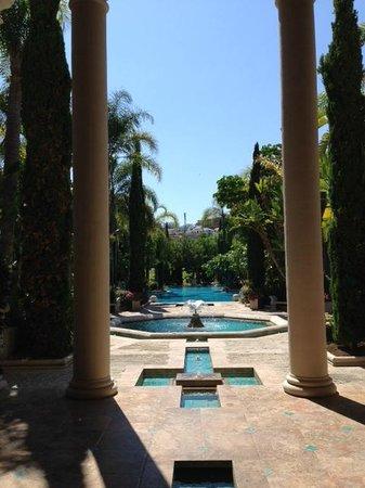 Villa Padierna Palace Hotel: Pool view