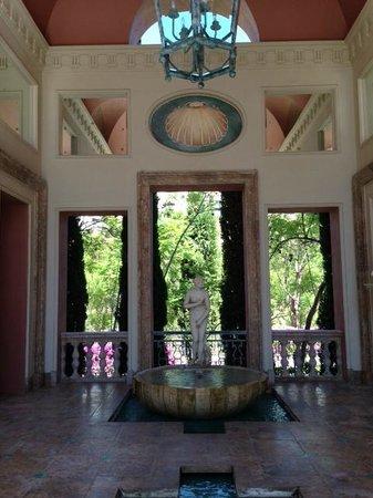 Villa Padierna Palace Hotel: Pool patio