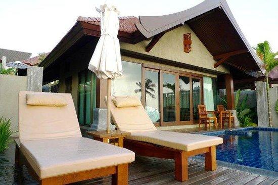 Nora Buri Resort & Spa: sunchair