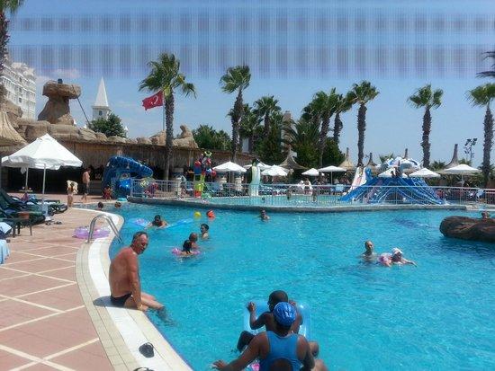 Kamelya K Club: kids pool