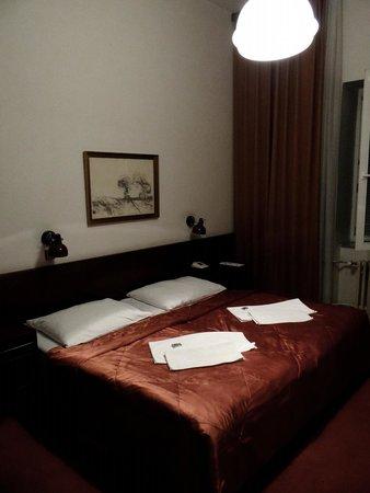 Hotel SLAVIA: Pokój