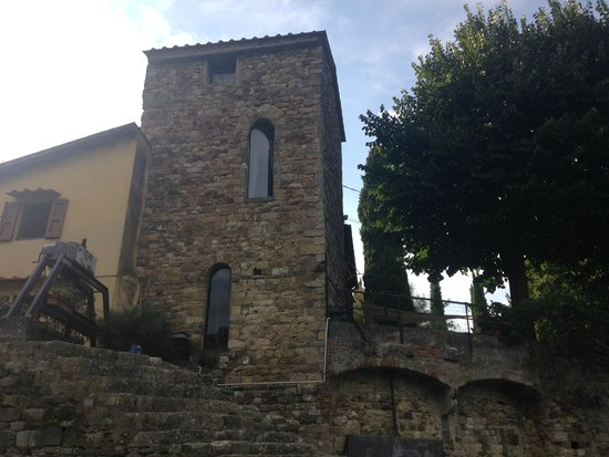 Bed and Breakfast La Martellina: The Tower from the Arno