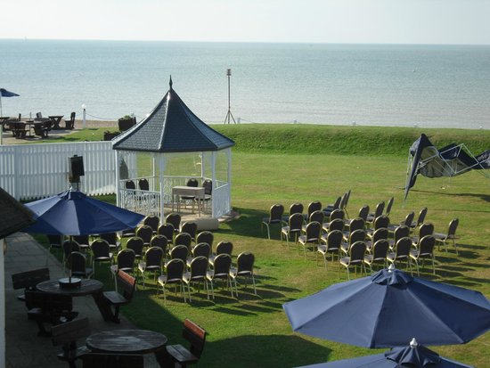 The Cooden Beach Hotel : Preparation for wedding