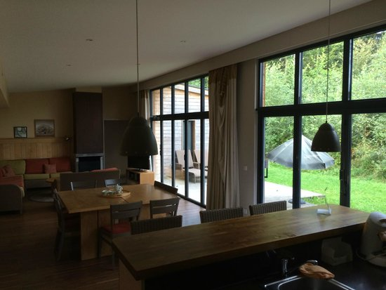 Center Parcs - Domaine des Trois Forets : Inside VIP Lodge