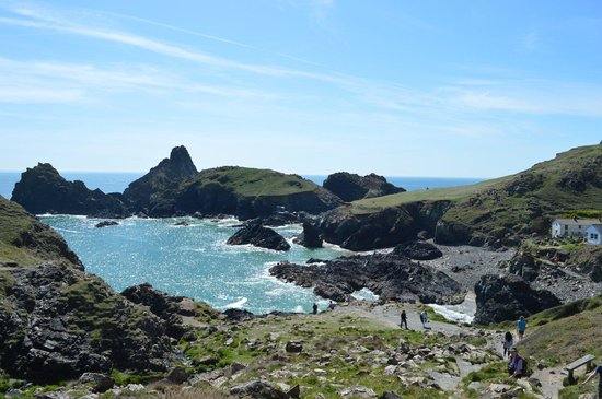The Lizard and Kynance Cove: The approach