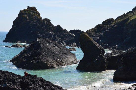 The Lizard and Kynance Cove: Mind the rocks