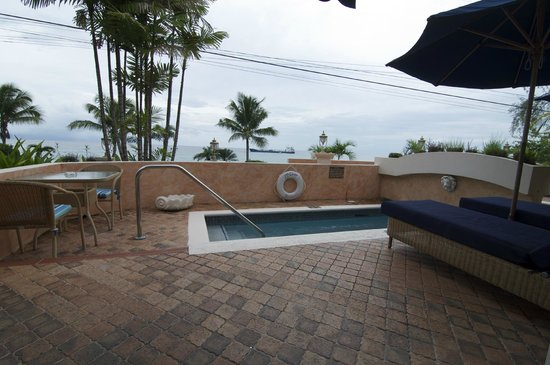 Little Arches Boutique Hotel : View of room 2's pool