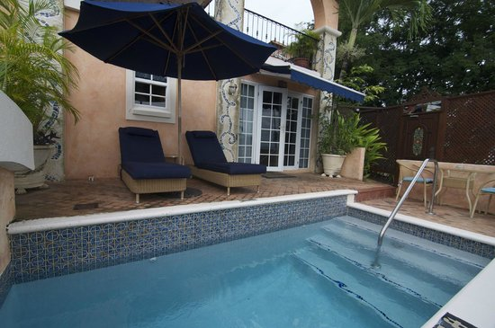Little Arches Boutique Hotel : Room 2's plunge pool