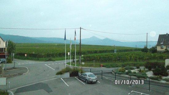 Hotel au Riesling: Entrée et parking