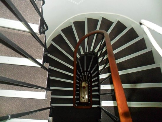 Hotel Darcet: scala a chiocciola