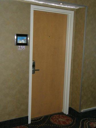 Hotel & Suites Le Dauphin Quebec : Foto distinta sobre cada número de habitación