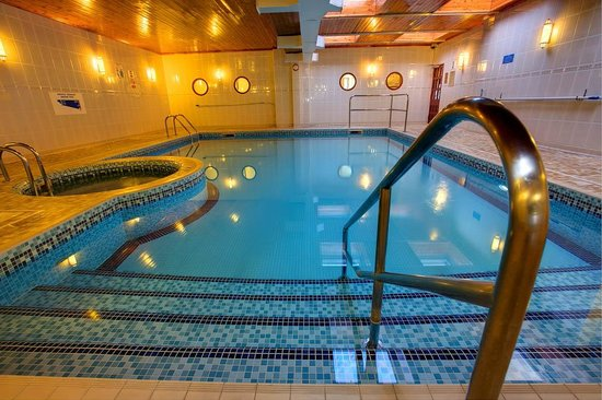 Barrowfield Hotel: Indoor pool and jacuzzi