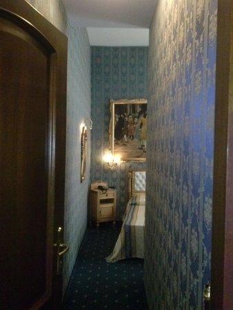 Hotel Noemi : Ingresso della 107