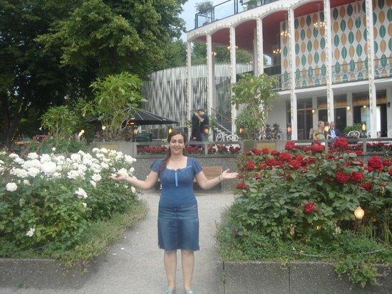 Tivoli: Blandet blomsterene i selve blomsterhaven