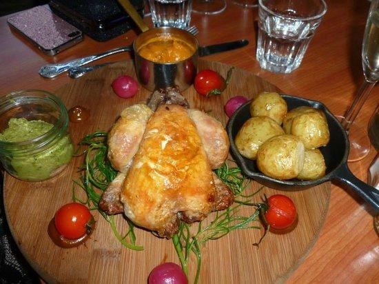 The Vintage Kitchen: Chicken Main Meal