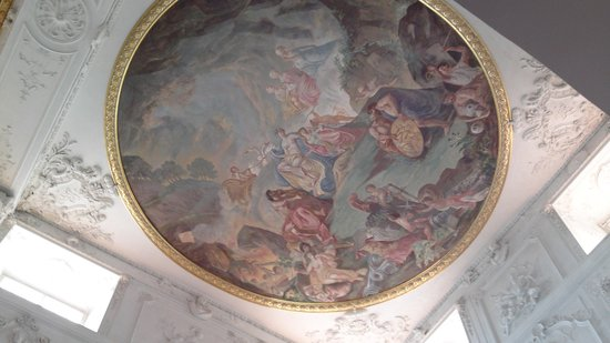 Schloss Mannheim: Ceiling above the staircase