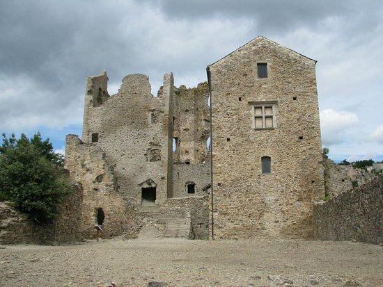 Saissac, France: château