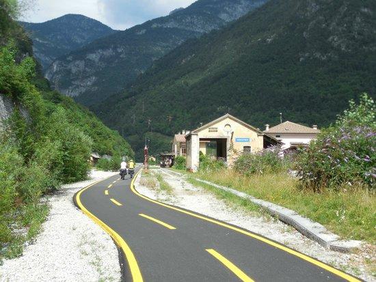 """Tarvisio, Italia: Arrivando alla """"stazione di Chiusaforte""""!"""