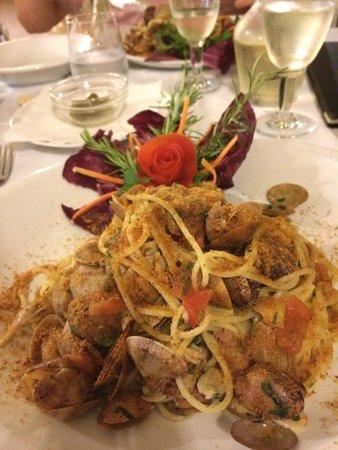 Food - La Vecchia Lampara: Spaghetti arselle e bottarga MERAVIGLIOSI !!!